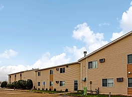 Eastmoor Apartments & Townhomes - Moorhead