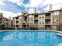 Dartmouth Woods Apartment Homes - Lakewood