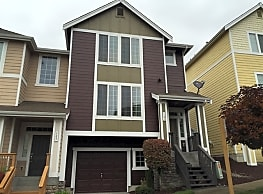 This 3 bedroom, 2.5 bath home has 1,677  square fe - Fircrest