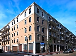 Nine 27 Apartments - New Orleans