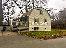7110 Crittenden Ave - Indianapolis