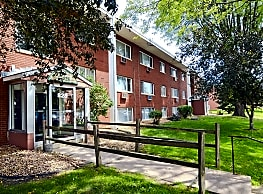 Pine Tree Park Apartments - Saint Paul