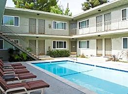 The Pavillion Apartments - Tarzana