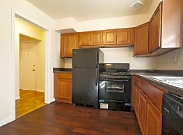 Wilshire Apartments - Pikesville