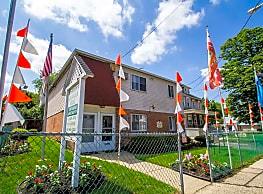 Cramer Hill Apartments & Townhomes - Camden