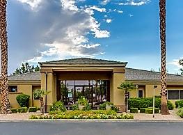 Pavilions At Arrowhead - Glendale