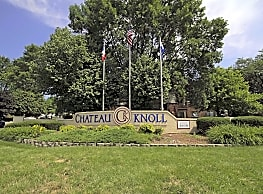 Chateau Knoll Apartments - Bettendorf