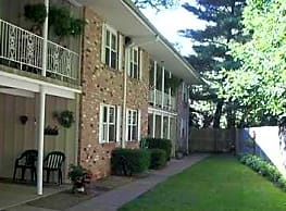Carriage House - Amherst
