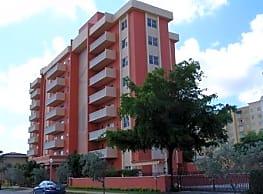 The Gables Corinthian Plaza - Coral Gables
