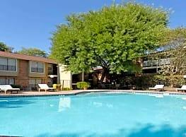 Hearthstone Apartments - San Antonio