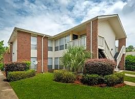 Latitude at west ashley apartments charleston sc 29407 for 2 bedroom apartments west ashley sc