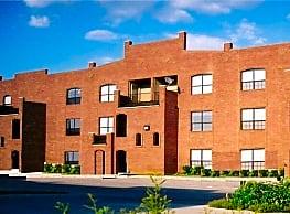 Melrose Apartments - Denton