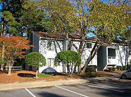 Oak Brook Apartments - Goldsboro