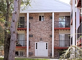 Oak Hill Apartments - Maumee