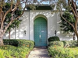 Castilian Apartments - San Diego