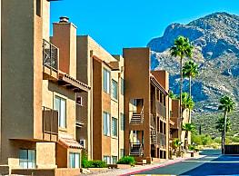 Catalina Crossing - Tucson