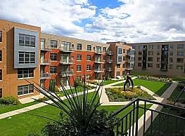 Gaslight Lofts Apartments - Milwaukee