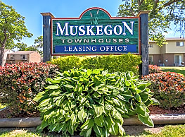Muskegon Townhouses - Muskegon