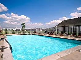 Valley View Apartments - Moline