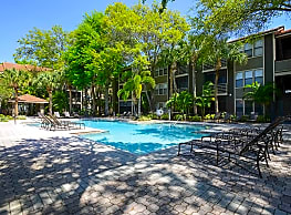 South Pointe Apartments - Tampa