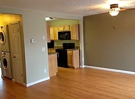Candlewood Apartments - Canandaigua