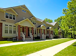 Elmwood Manor Apartments - Rochester