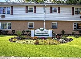 Maybrook Village Apartments - Maybrook