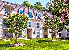 Courtyard Commons - Jamestown