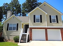 This 3 bed 2.5 bath is ready to be your next home. - Acworth
