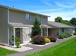 North/Southgate Apartments - Vernon
