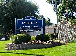 Laurel Bay - Ypsilanti