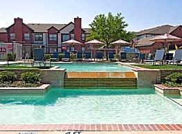 2803 Riverside Apartments - Grand Prairie