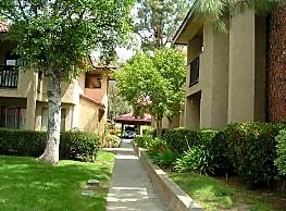 Baywood Apartments - Simi Valley