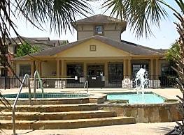 Lakeshore Villas - Humble