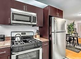 Cherokee Apartments At Chestnut Hill - Philadelphia