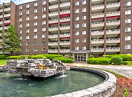 Walnut Crossings Apartments - Monroeville