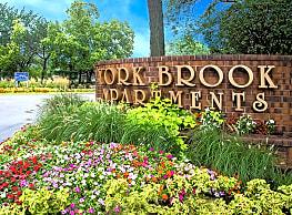 York Brook Apartments - Bensenville
