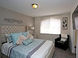 Maryland Park Apartments - Milwaukee