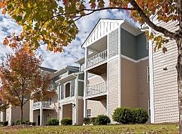 Woodland Trail Apartments - Lagrange