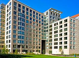 The West End Apartments-Asteria, Villas and Vesta - Boston
