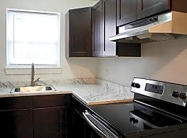Woodlyn Creek Apartments - Woodlyn