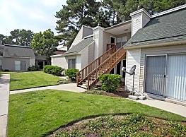 Windjammer Apartments - Charleston