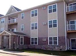 WillowBrooke Lodge Apartments - Minot