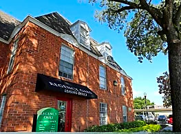 Regency Oaks Apartments - Fern Park