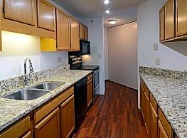 One Ten Grant Apartments - Minneapolis