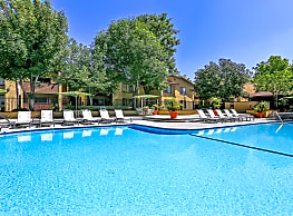 Indian Oaks Apartments - Simi Valley