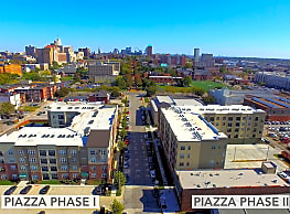 Piazza On West Pine - Saint Louis