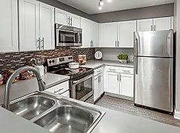 Grays Pointe Apartments - Grayslake