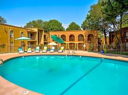 Casa Tierra Apartments - Albuquerque
