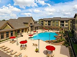 Queenston Manor - Houston